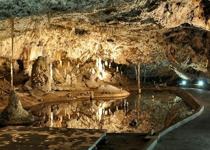 Jeskyně, Macocha  MORAVSKÝ KRAS